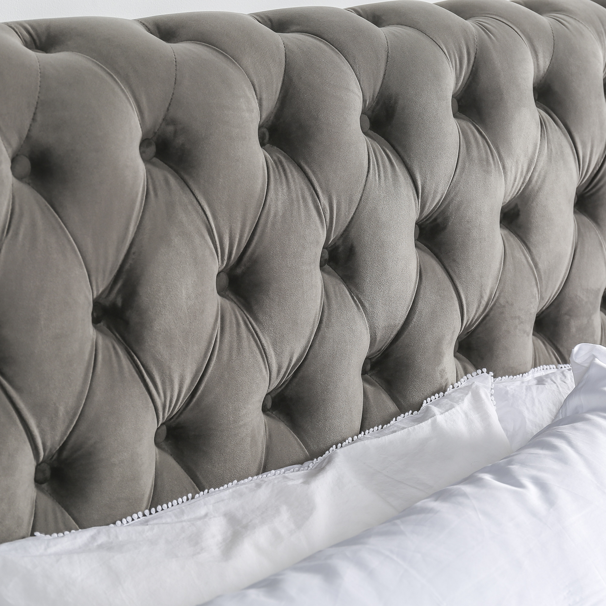 Boston Contemporary Chesterfield Bed