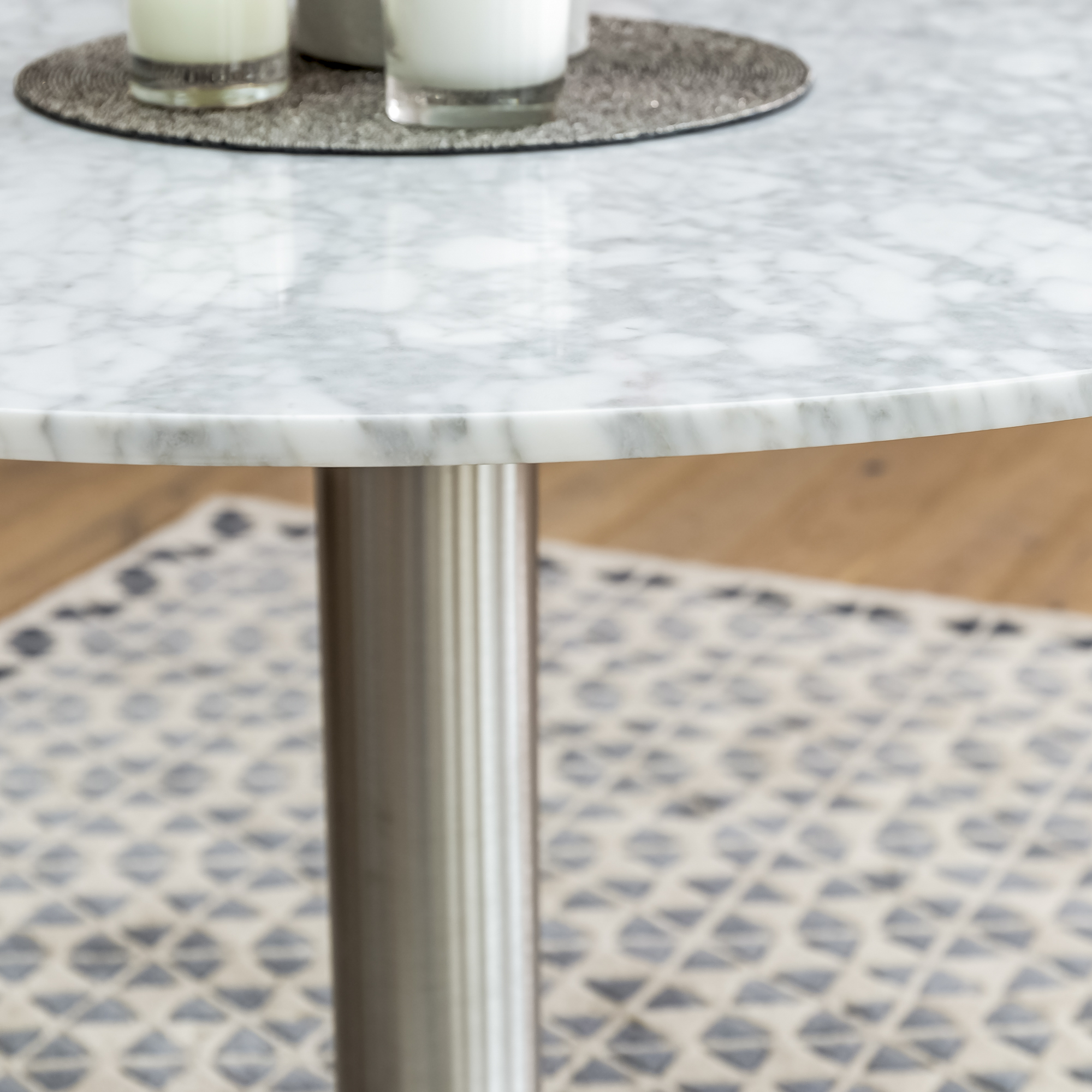 1.06m Carrara Marble Circular Dining Table with 4 Madrid Dining Chairs