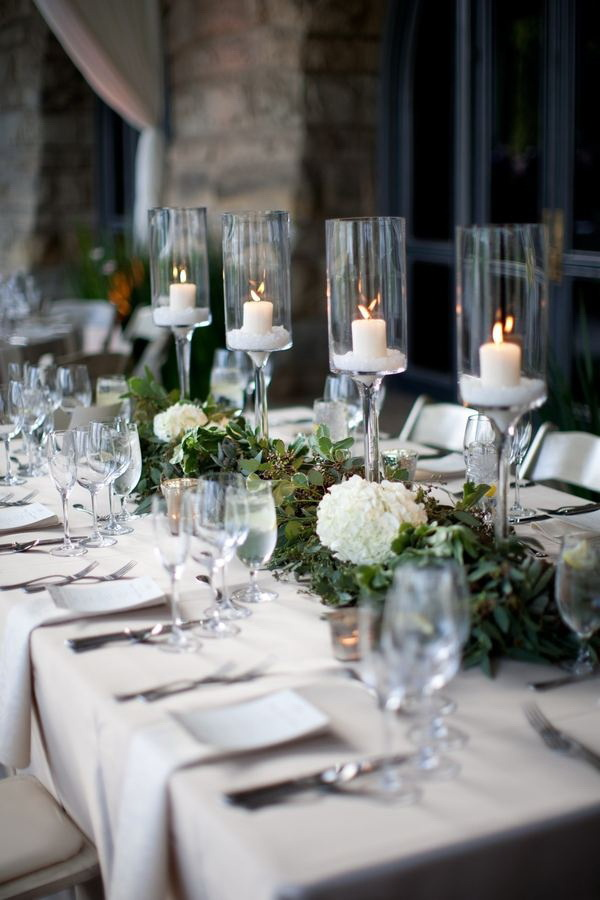 5 Beautiful Christmas Tablescapes